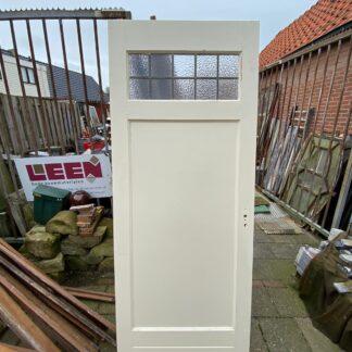 LEEN_Oude bouwmaterialen_Paneeldeur met glas in lood A24318