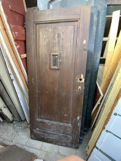 LEEN_Oude bouwmaterialen_Antieke voordeur met ruitje B77907