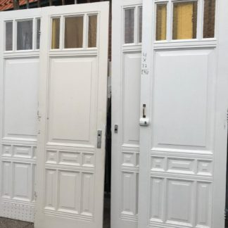 LEEN_Oude bouwmaterialen_Paneeldeuren met glas C25690