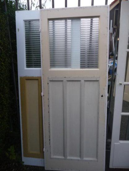 LEEN_Oude bouwmaterialen_Diverse paneeldeuren nonnenglas 100.90.100139