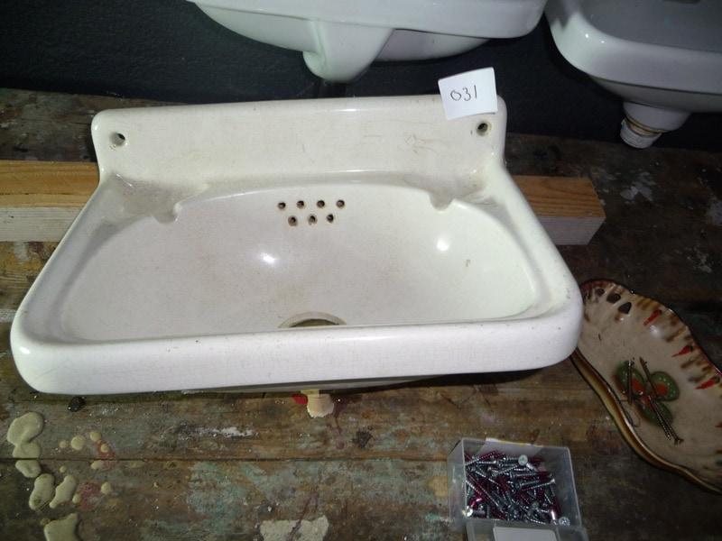 Fonteintje wastafels sanitair te koop bij leen oude