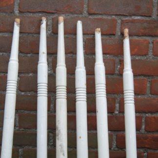 LEEN_Oude bouwmaterialen_Houten trapspijlen 500.10.100310