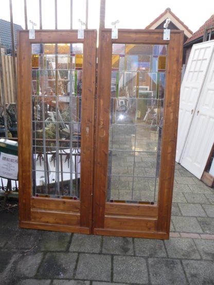LEEN_Oude bouwmaterialen_Kamer en suit glas in lood 100.30.101176