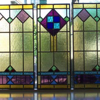 LEEN_Oude bouwmaterialen_Mooie set panelen glas in lood 300.20.100386