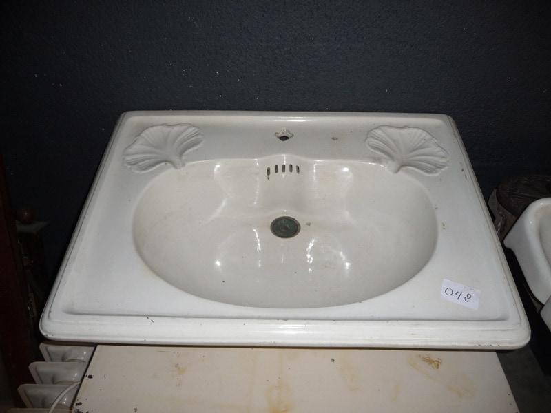 Oude wastafel wastafels sanitair te koop bij leen oude