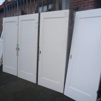 LEEN_Oude bouwmaterialen_Set oude deuren 4x 100.50.101173