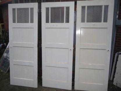 LEEN_Oude bouwmaterialen_Set oude deuren met glas 100.90.102029