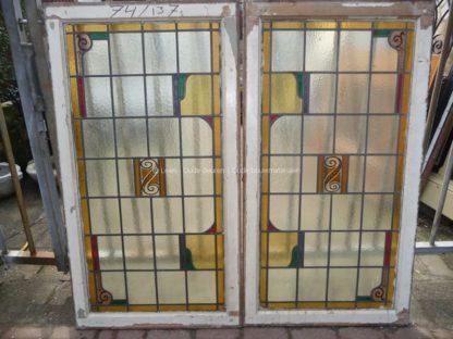 LEEN_Oude bouwmaterialen_Set van 2 glas in lood ramen 300.10.100083