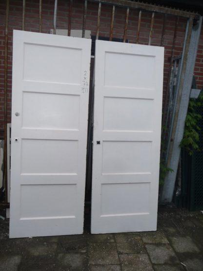 LEEN_Oude bouwmaterialen_Set van 2 oude deuren 100.50.101471