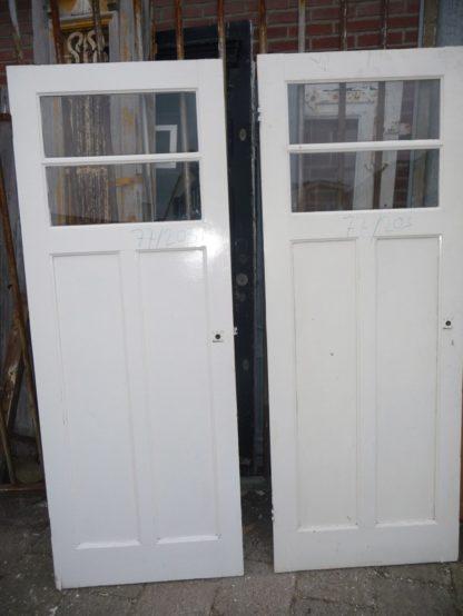 LEEN_Oude bouwmaterialen_Set van 2 paneeldeuren 100.10.102056