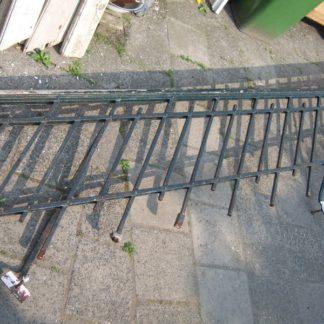 LEEN_Oude bouwmaterialen_Smeedijzeren hekwerk 800.40.100355